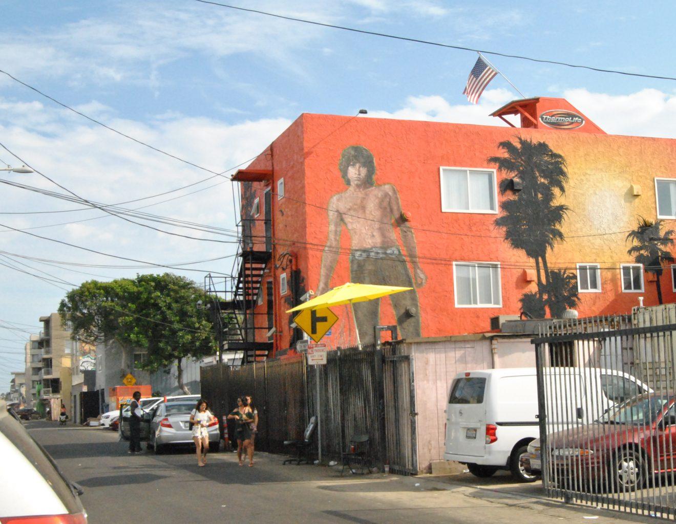 """Morning Shot"", mural de Jim Morrison. 6 cosas que no te puedes perder de Venice (California)"