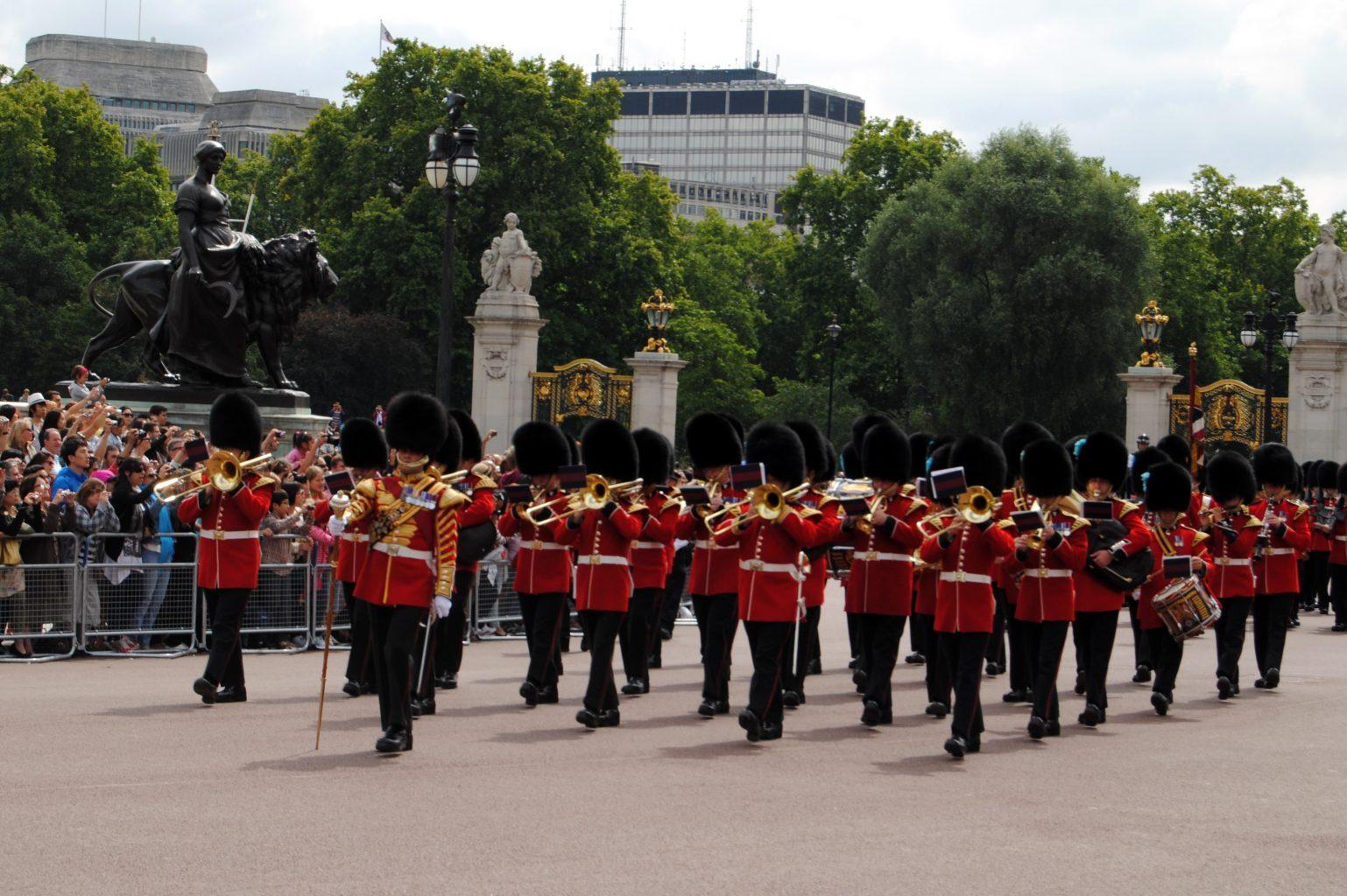 Cambio de guardia. Visitar Londres
