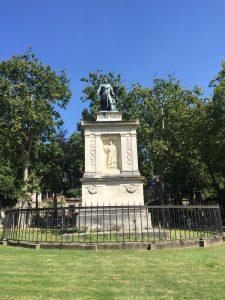Rotonda de Jean Casimir-Perier. Cementerio père-lachaise
