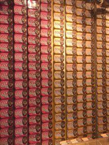 Latas de sardinas en Casa Oriental. Oporto.
