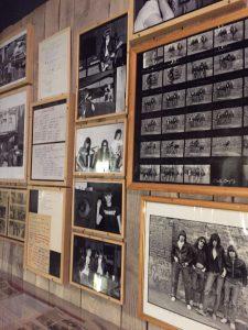 Fotos del inicio de su carrera. Ramones Museum Berlin