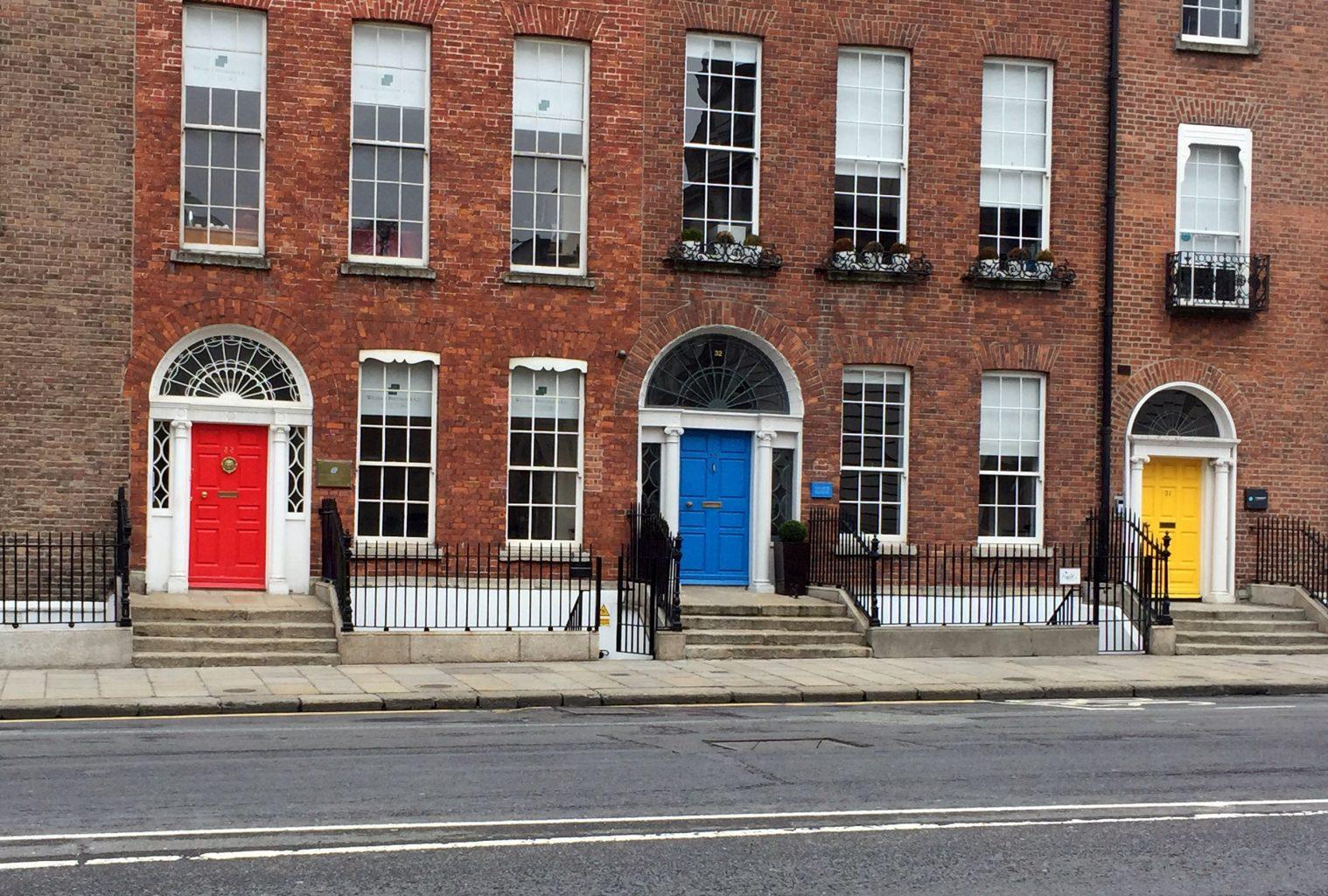 Puertas cerca de Merrion Square. qué ver en Dublín