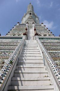Subida al gran chedi. Templos de Bangkok