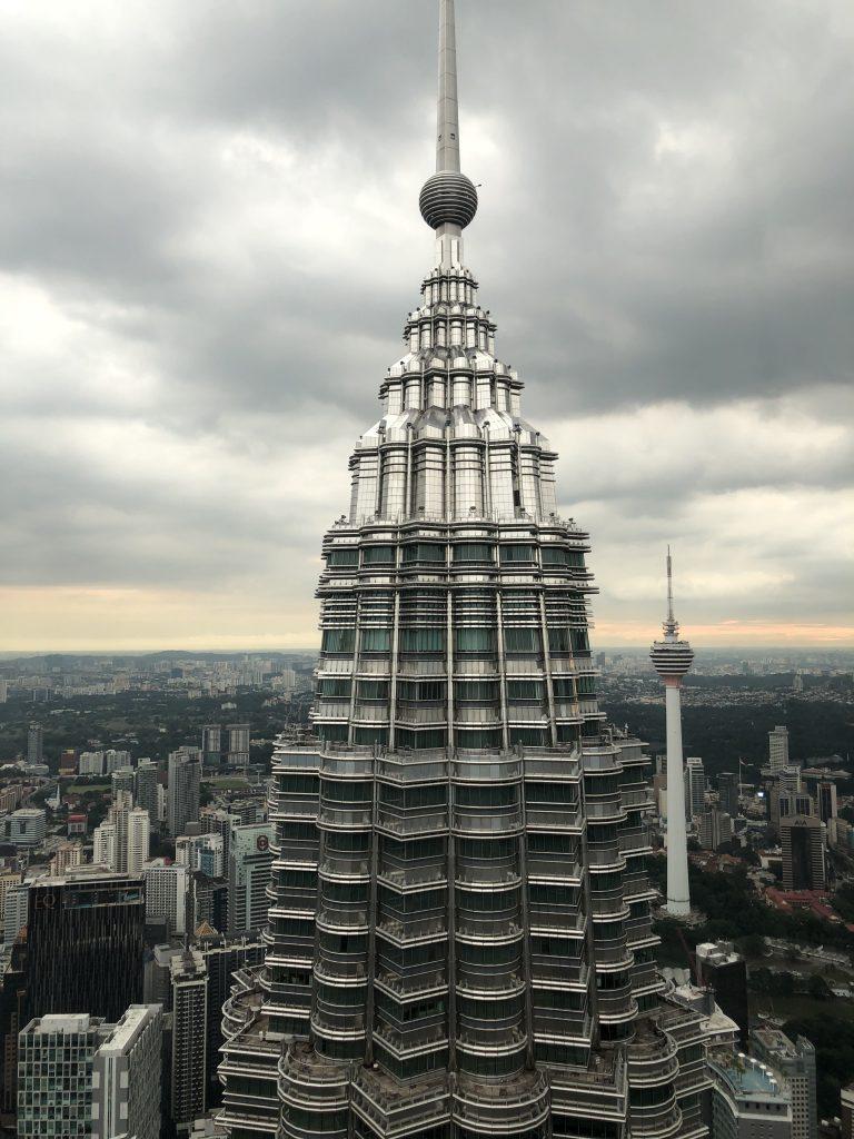 La otra torre. Visitar las torres Petronas