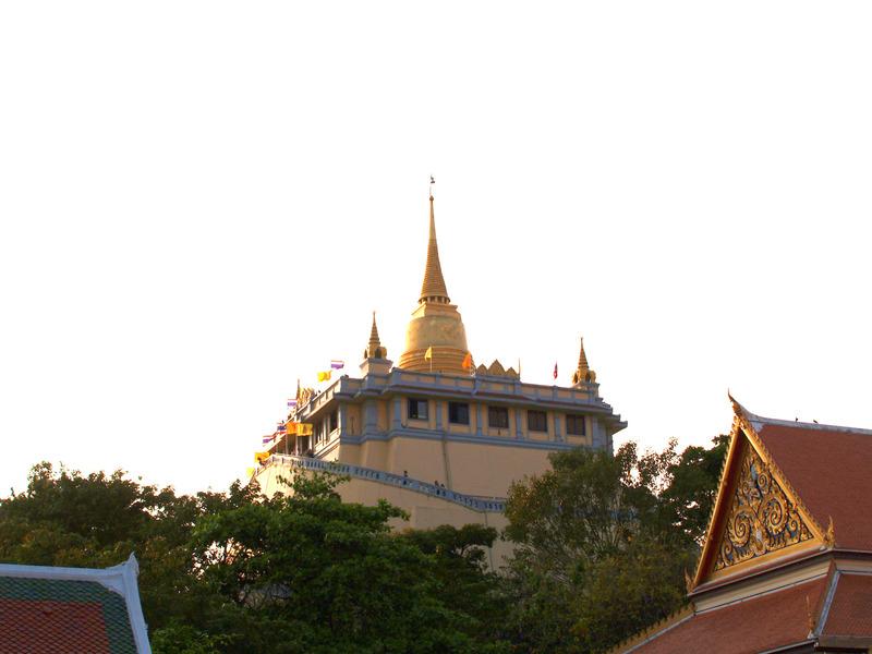 Afueras de Wat Saket. templos de Bangkok