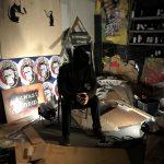 Recreación del estudio de Banksy. Exposición sobre Banksy en Madrid: Genius or Vandal?