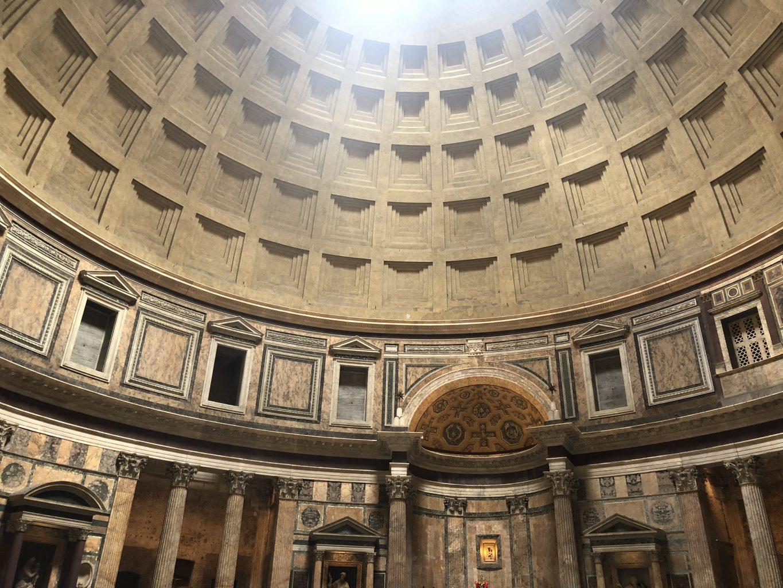 interior del panteón. qué ver en Roma