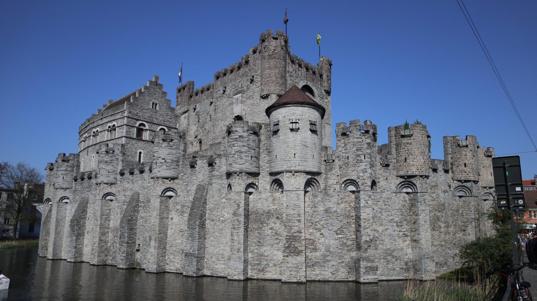 Exterior del Castillo de los Condes. CityCard Gent, la tarjeta turística para visitar Gante