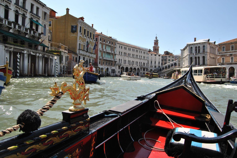 Paseo en góndola. qué ver en Venecia