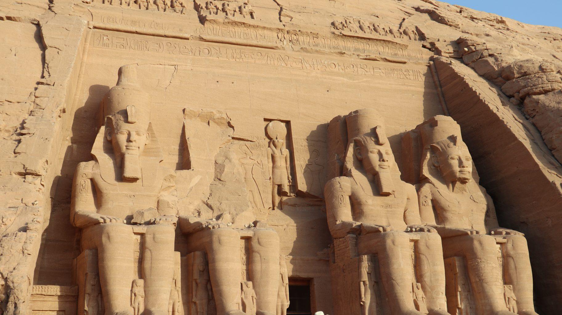 Templo de Ramsés II en Abu Simbel. ¿Es seguro viajar a Egipto?