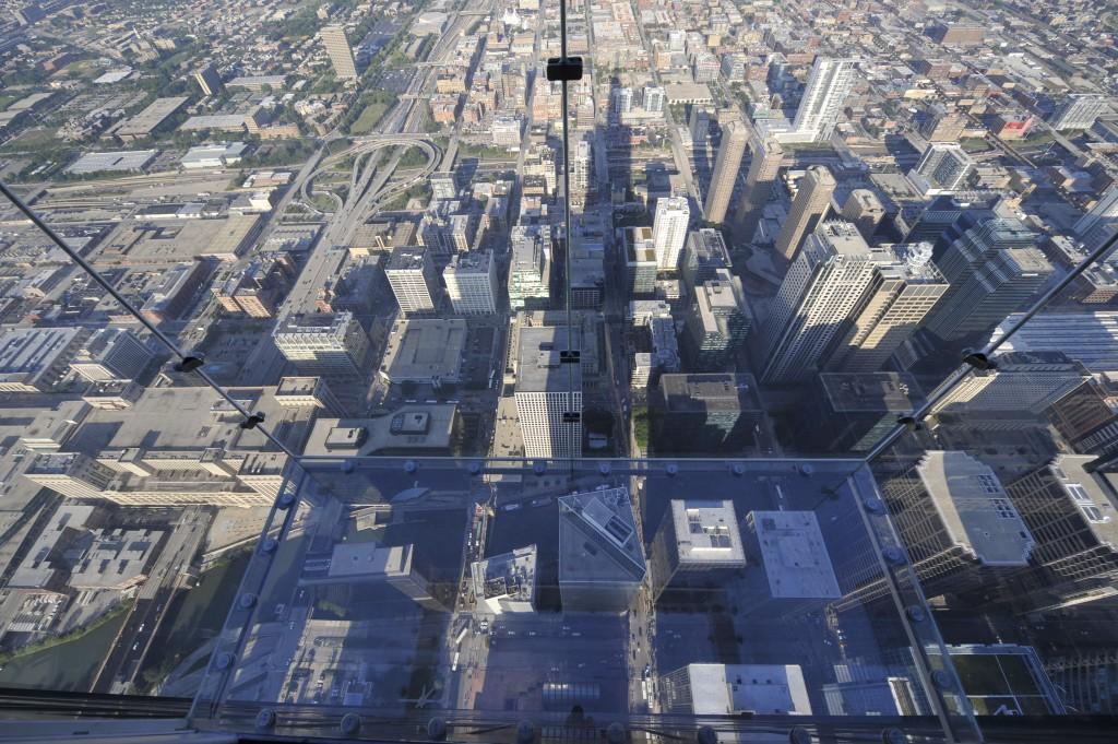 Skydeck de la torre Willis. qué ver y hacer en Chicago