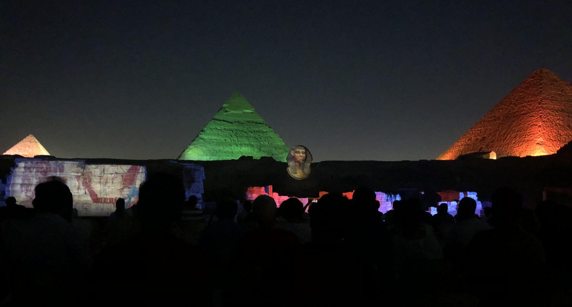 Espectáculo nocturno luces y sonido. qué ver en El Cairo