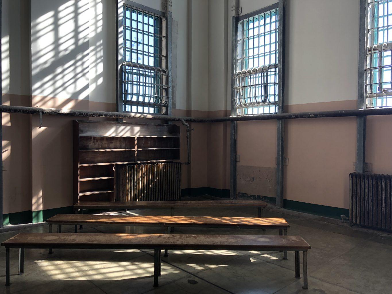 Biblioteca de la cárcel. Visitar la cárcel de Alcatraz