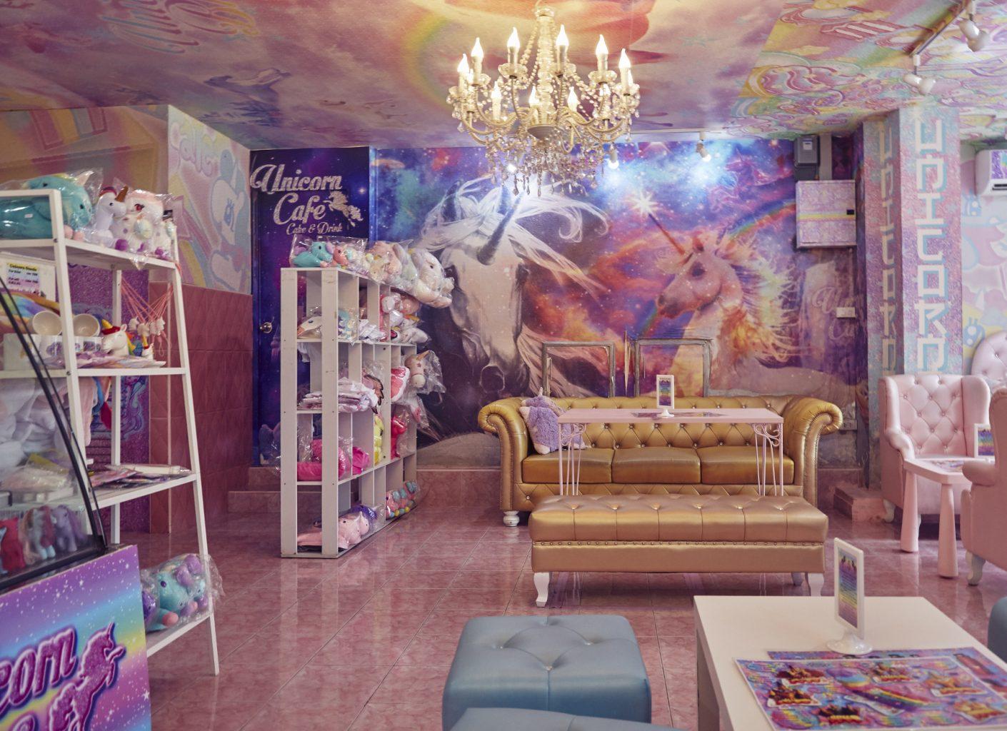 Interior del Unicorn Cafe