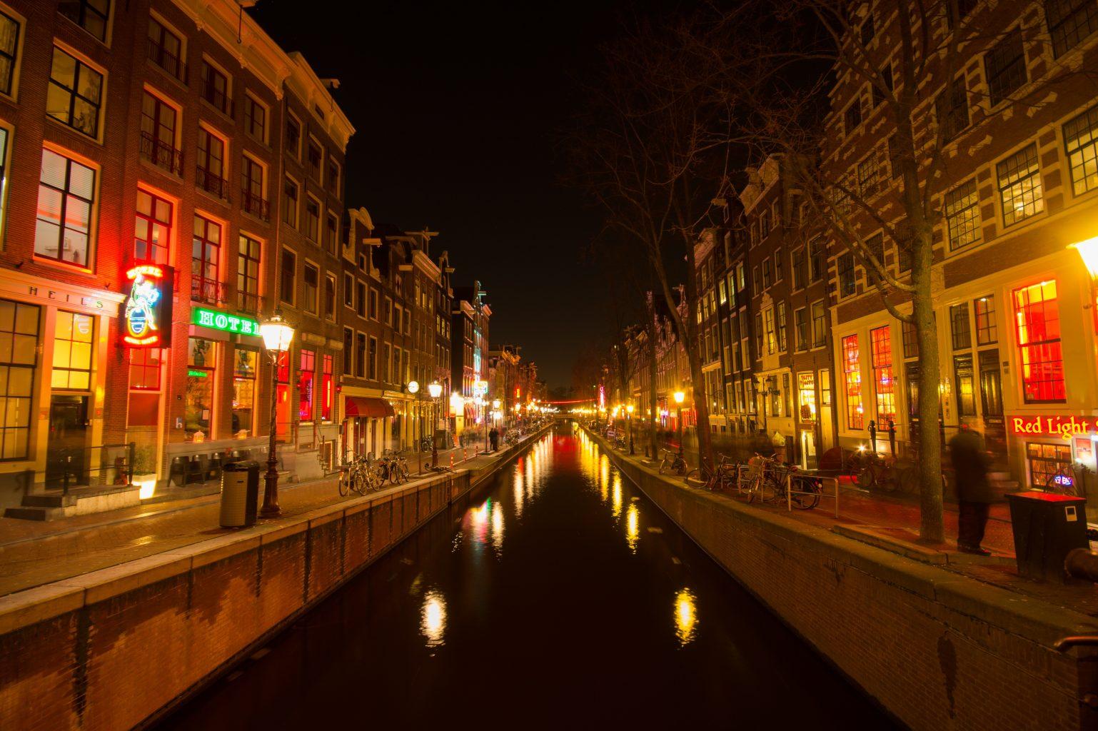Barrio Rojo. qué ver y hacer en Ámsterdam