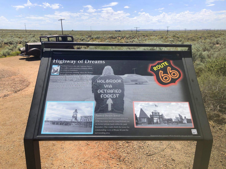 Mirador homenaje a la Ruta 66. Visitar el Petrified Forest