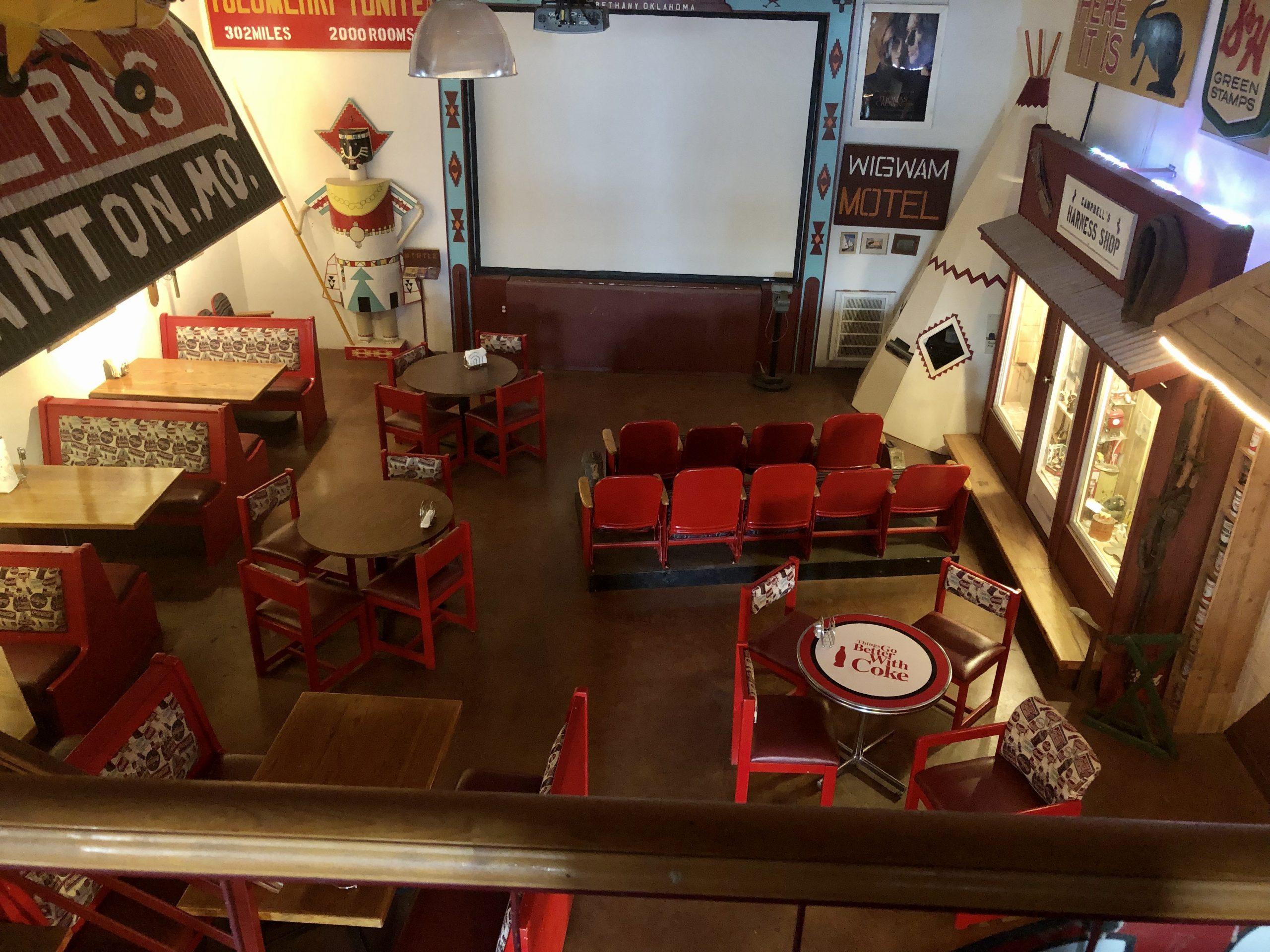 Sala de fiestas-cine