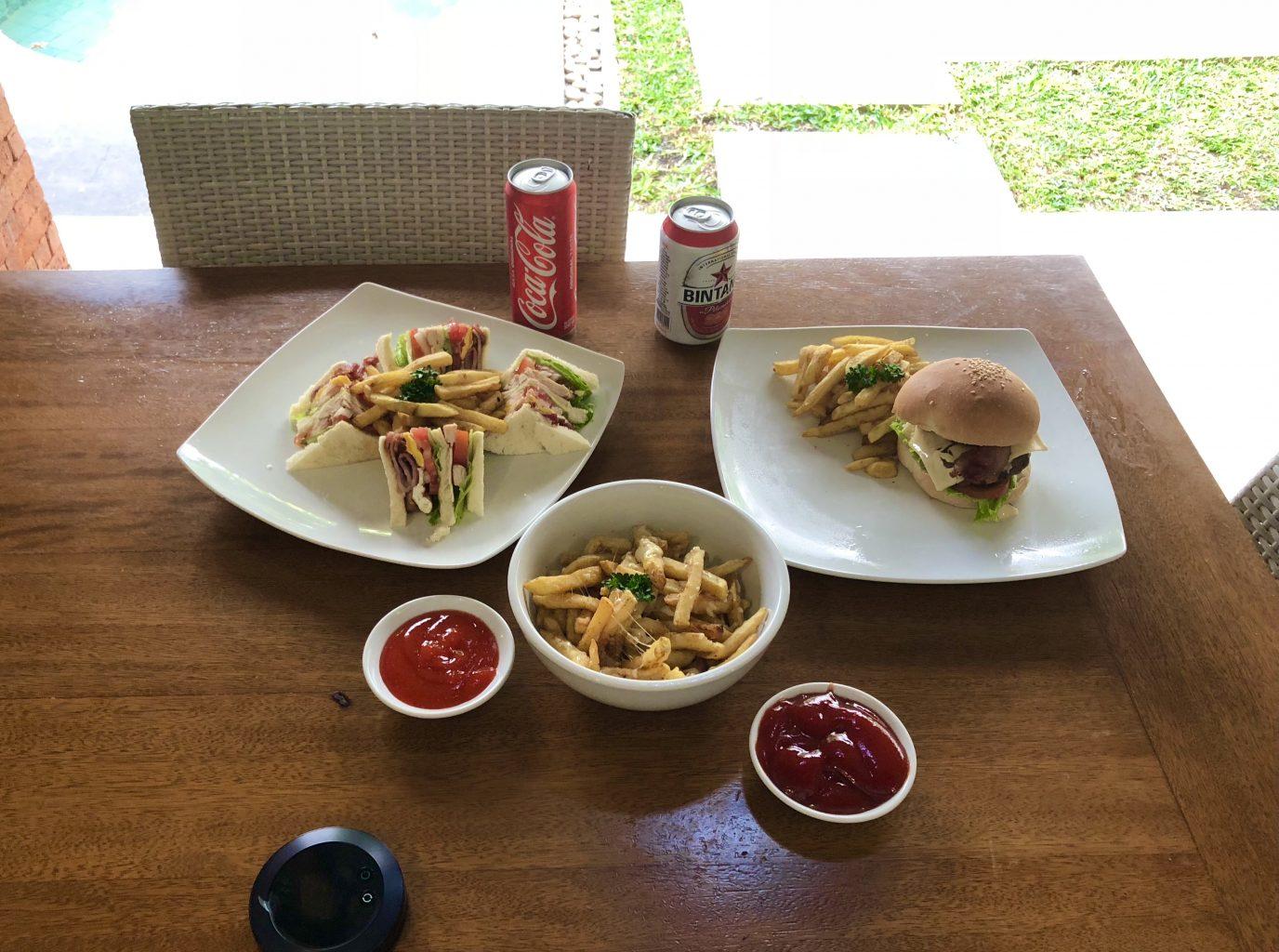 Comida en el Mutiara. Dónde alojarse en Bali