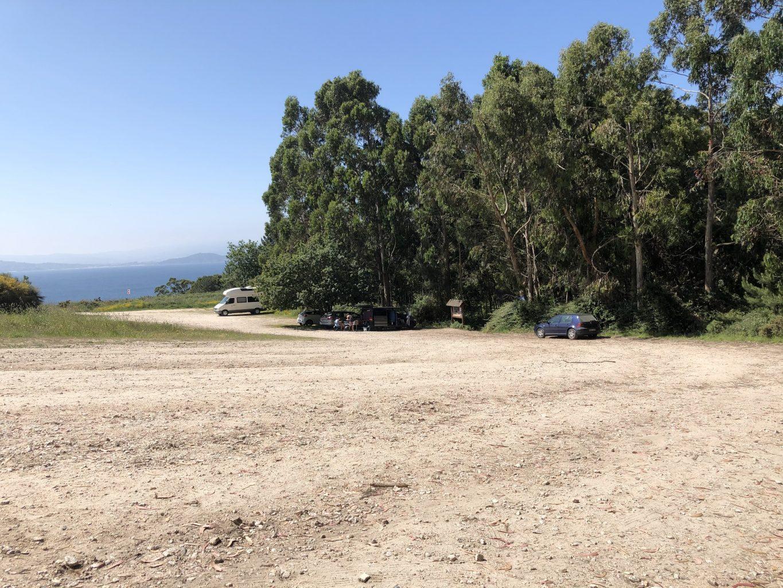 Parking Cabo Home. Ruta de los faros del Cabo Home